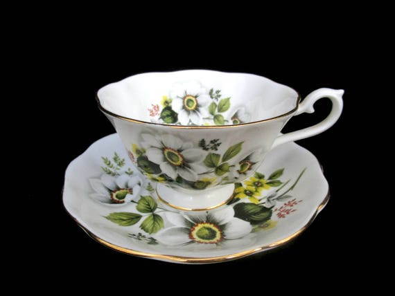 Royal Albert Tea Cup and Saucer, White Flower, Dogwood with Yellow Flower, Royal Albert Bone China, Made in England