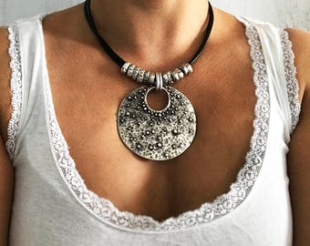 Women Leather Necklace Gift for Her Necklace for Women Chunky Pendant Necklace Bohemian Jewelry Hippy Jewelry Bohemian Handmade Necklace