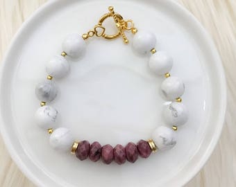 LIMITED EDITION - Beaded Bracelet in pink Lilac - Spring Collection - Mikaylove