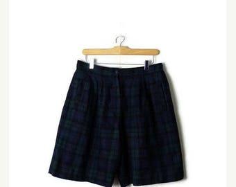 ON SALE Vintage Woolrich Dark Green Tartan Checked Wool High waist  Flare Shorts from 80's/W30-34*