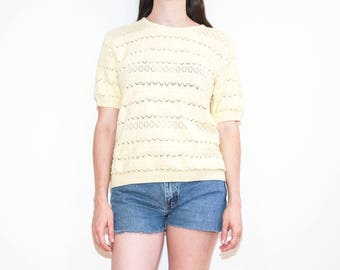 80s 90s light yellow knit t-shirt / short sleeve eyelet sweater top / size L