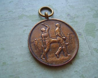 A Vintage Medallion/Medal - Cricket - Army/Military - Bronze - 'Pinches Of London' Medallists.