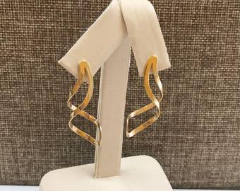 Vintage 14K Yellow Gold  Women's Spiral Drop Earring!!!