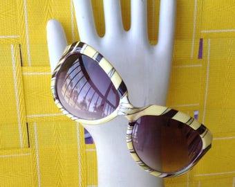 Vintage European sunglasses. Oversized yellow w black stripe. #9782