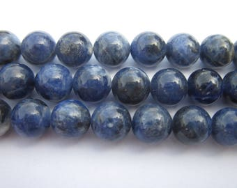 4 (4) 10 mm sodalite round beads