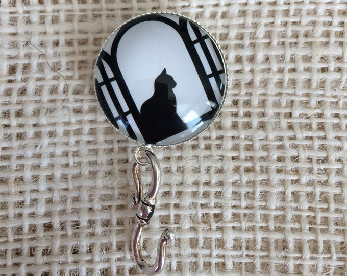 Knitting Pin - Magnetic Knitting Pin for Portuguese Knitting -  Name Tag Holder - Glass Holder - Cat in the Window