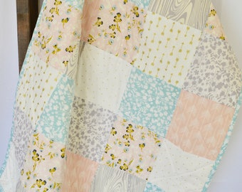 Shabby Chic Baby Quilt / Baby girl Quilt / Light pink and Gray / Elegant baby bedding / Floral baby quilt / Minky baby quilt / toddler quilt