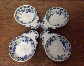 Vintage Vienna Woods blue Onion Soup Chili Bowls