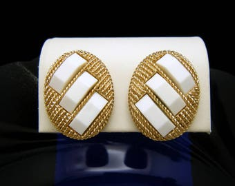 Crown Trifari Vintage Earrings White Lucite Textured Gold Tone Clip Ons