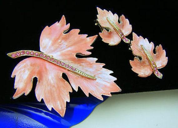 Pretty in Pink Rhinestone & Enamel Vintage Mid Century Brooch and Earring Set Feminine Pastel Pink