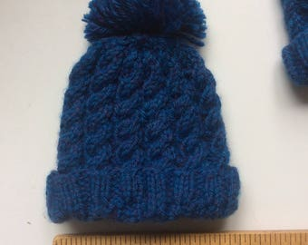 Baby cable hat with tassel
