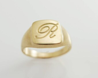 Gold Monogram ring. Unisex ring. Monogram ring. Initial ring. Pinky ring.  Gift for her.signet ring. Personalized ring. Personalized gift