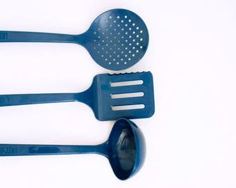 Vintage Blue Ultratemp Utensil Set, Ladle, Spatula Slotted Skimmer Spoon, Cooking Utensils, Robinson Knife Co, Made in USA