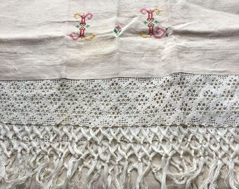 "Antique Vintage Linen Show Towel // 94x24"" including 5"" fringe > homespun linen, cross stitch embroidery, II, tulip"