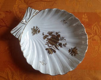 Porcelain Shell Dish with Gold Gilt Flower Decoration