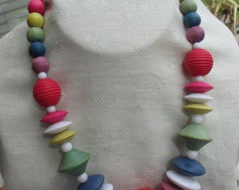 Retro Colorful Wood Composite & White Plastic Beaded Necklace