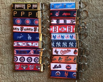 MLB, NHL, nba Key Chains, Headband, Lanyards or Backpack Tags: MLB (Orioles, Nationals, Giants, Mets, Yankees, Cubs, Red Sox, Braves