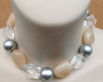 Necklace - chunky pebble shaped bead beaded necklace swirly plastic beads retro design cream and silver grey and faceted clear lucite
