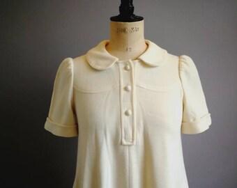 70s cream swing dress / vintage cream trapeze dress / boho swing dress / 70s mod white dress / Peter Pan collar dress / retro swing dress