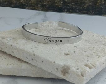 Vegan heart bracelet - adjustable - handstamped - aluminium, copper, brass or sterling silver