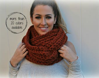 The WILLOW Infinity Scarf, Chunky Infinity Scarf, Infinity Scarf, Chunky Scarf, Knit Scarf, Ribbed Scarf, Free US Shipping