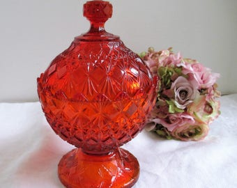 Vintage Old Virginia Glass (Fenton) Covered Candy Dish