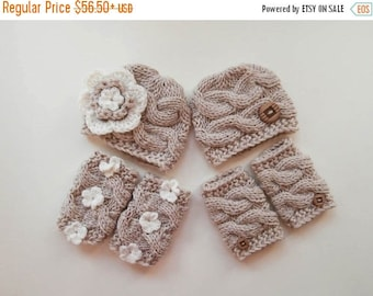 SALE 15% DISCOUNT Baby Twins Outfits -  Hats and Leg Warmers for Twins - Crochet Newborn Photo Prop - Newborn Baby Twins