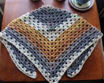 Triangle scarf/wrap
