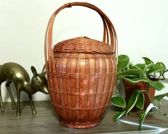 Vintage Wicker Basket with Lid and Handle, Chinese Bamboo Basket, Boho Decor