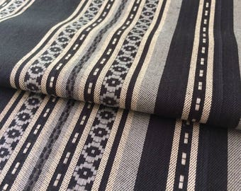 Reversible fabric with deco weave stripes
