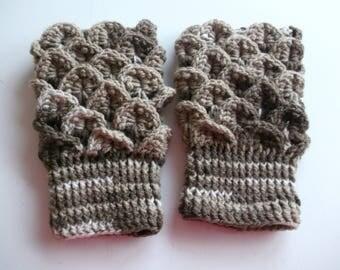 dragonstitch crochet fingerless gloves