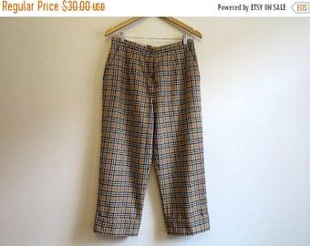 ON SALE Vintage 1990s Cuffed Capri Pants Light Brown Pants Tartan Plaid Pants Tartan Trousers Checkered Pants Large Size