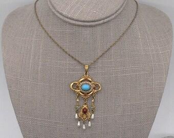 Signed Art Co. Vintage 1950-1960s Victorian /Renaissance revival Arthur Pepper pendant necklace