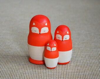 "Russian dolls ""Fox family"""