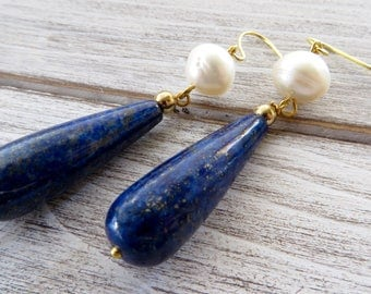 Blue lapis lazuli earrings, freshwater pearl earrings, drop earrings, dangle earrings, gemstone earrings, modern jewelry, wedding jewelry