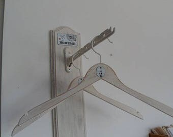Hanging racks and its hangers patinated