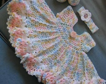 Crochet varigated baby colored dress set