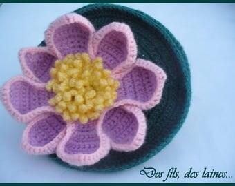 Pink crochet water lily flower mini-hat/crochet hair accessory/ornamental flower/original ceremony hat adults or children/crochet headband