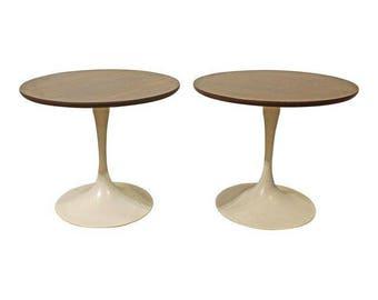 Pair of Mid-Century Danish Modern Saarinen Style Tulip End Tables