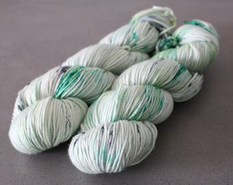 "Grizzly - ""Mojito"" - DK Weight 100% Superwash Merino"