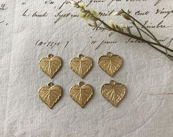 6pcs 11x10mm charm print form leaf raw brass heart