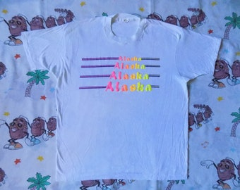 Vintage 80's Alaska Souvenir T shirt, size Large bright neon Puffy Print
