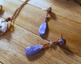 Kyanite Dangle Stud Earrings, Bright Blue Gemstone, Bohemian Fashion, Spring Trend, Statement Jewelry, Copper Wire Jewelry