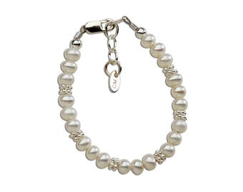 Sterling Silver Freshwater Pearl Bracelet with Shimmering Silver Daisies Comes in  Gift Box for Girls (Victoria)
