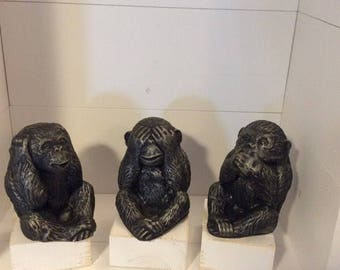 See no Evil Hear no Evil Speak no Evil set of 3 cute monkeys plaster ornament
