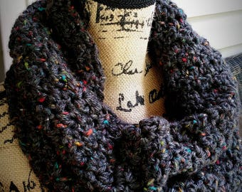 OVERSIZED Chunky Cowl Scarf in Dark Gray Heather with Multicolored Tweed, Crochet Circle Scarf, Women, Winter