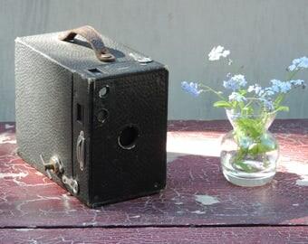 Vintage Kodak 1916 BROWNIE CAMERA no 2A model B film no 116 brownie by Eastman Kodak USA Kodak  Brownie  Box Camera