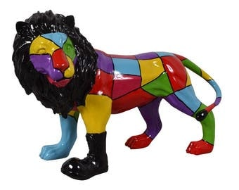 Big statue of lion, resin, for decoration, Length 33,5 inches