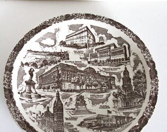 "CLEARANCE, 1940s Milwaukee Wisconsin Plate ""The Naples Of America"" Vernon Kilns USA, Milwaukee Bay, Bradford Beach, Soldiers Monument"