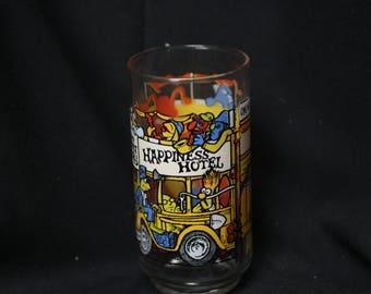 McDonalds Happiness Hotel Great Muppet Caper Glass - Henson Associates 1981